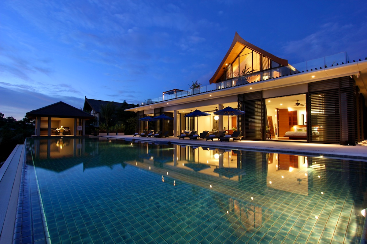 pool-night-shot-villa-27-home
